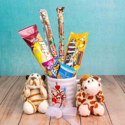 Mugs personalizado con dulces y peluche-Desayunos sorpresa bogota
